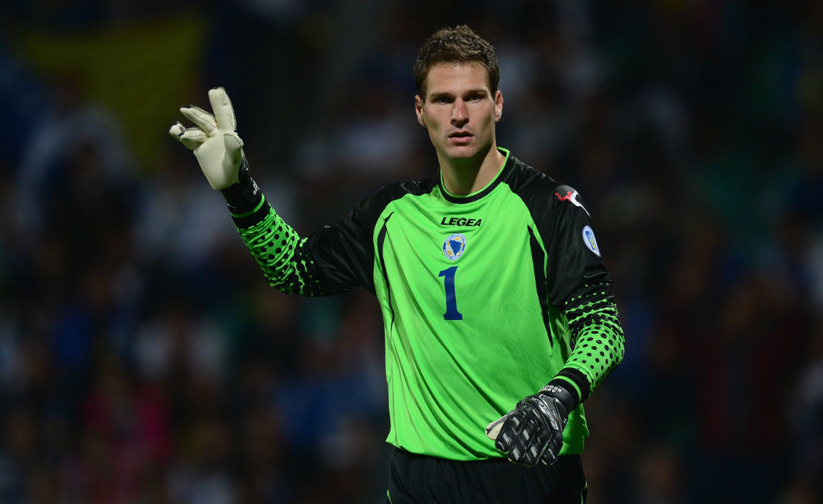 Chelsea in talks for Stoke City s Asmir Begovic Football prognosis